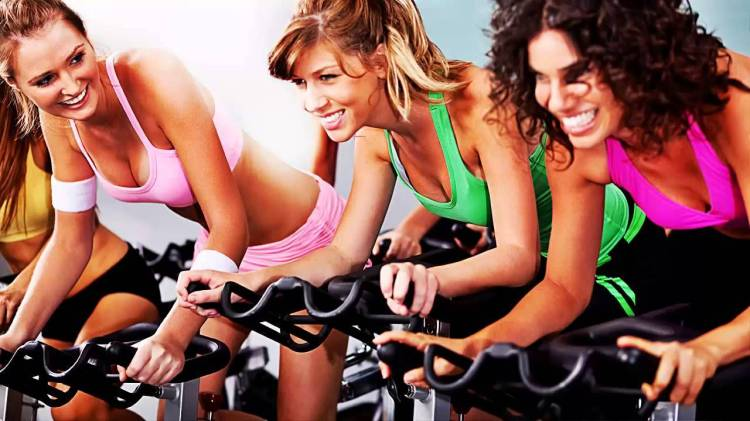 spinning_chicas