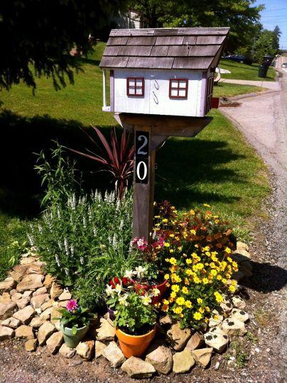 mailbox flowers 2